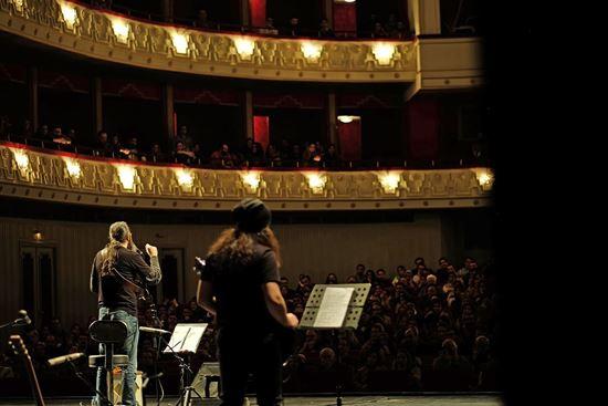 تصویر کنسرت نیوش اردیبهشت ۹۸ فرهنگسرای نیاوران